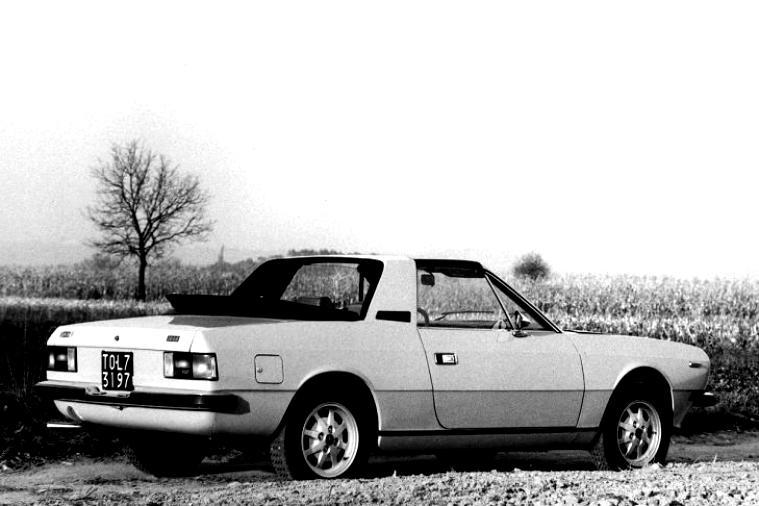 https://motoimg.com/images/lancia-beta-montecarlo-1974-10.jpg