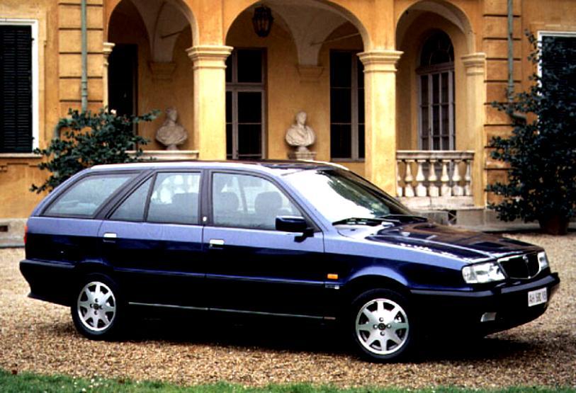 https://motoimg.com/images/lancia-dedra-station-wagon-1994-01.jpg