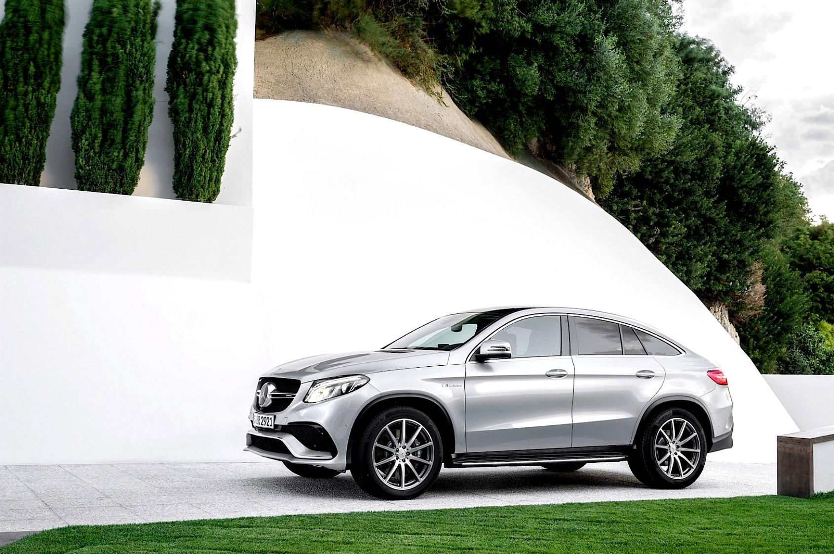 Mercedes benz gle coupe amg 2015 photos 38 on for Mercedes benz gle amg