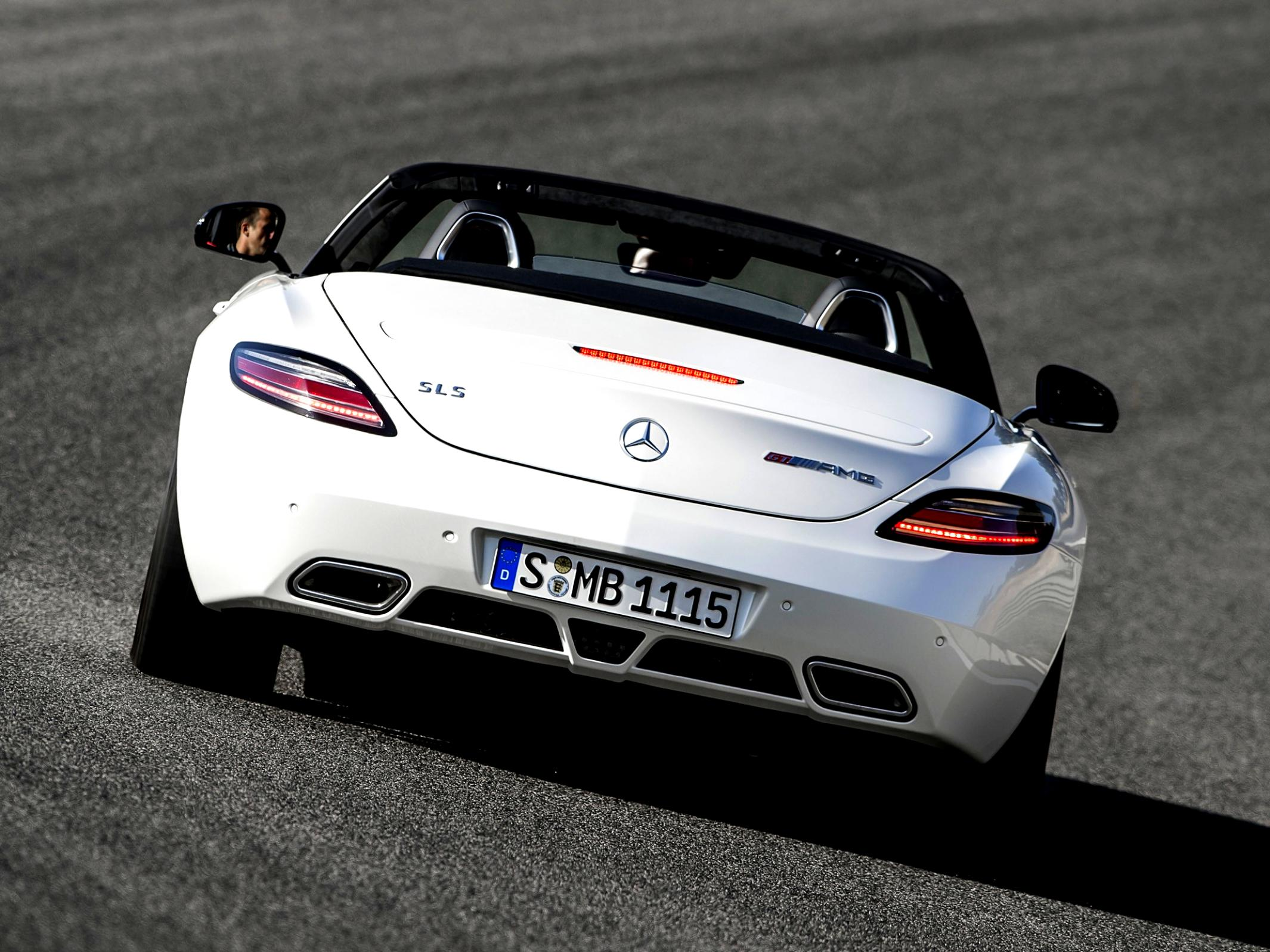 Mercedes Benz SLS AMG Roadster C197 2011 #26