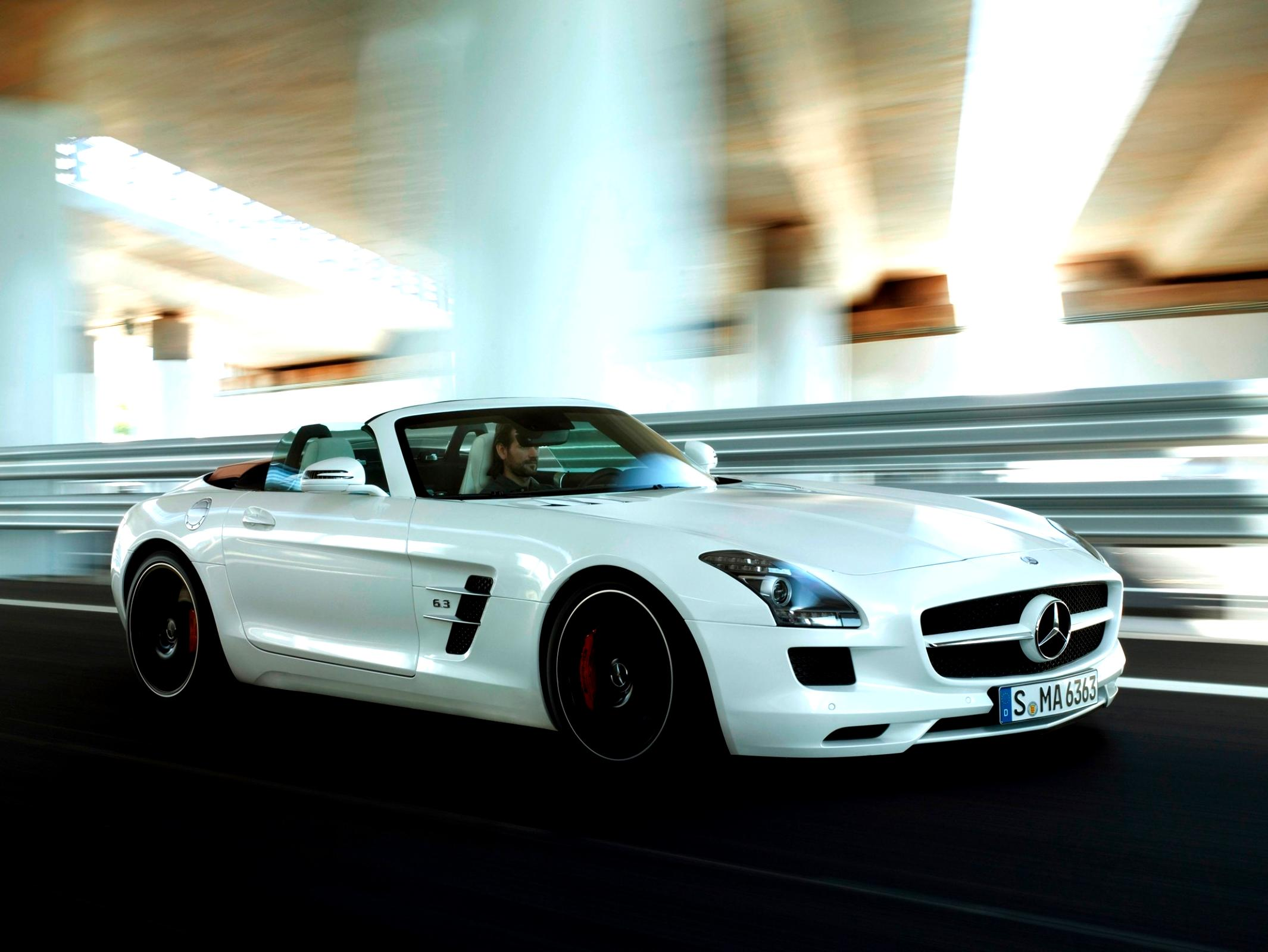 Mercedes Benz SLS AMG Roadster C197 2011 #39