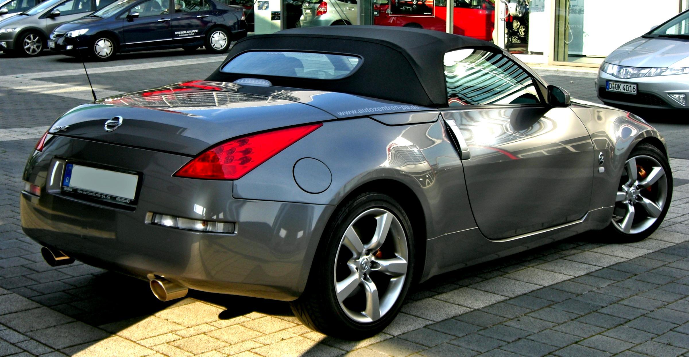 nissan 350z roadster 2008 photos 1 on. Black Bedroom Furniture Sets. Home Design Ideas