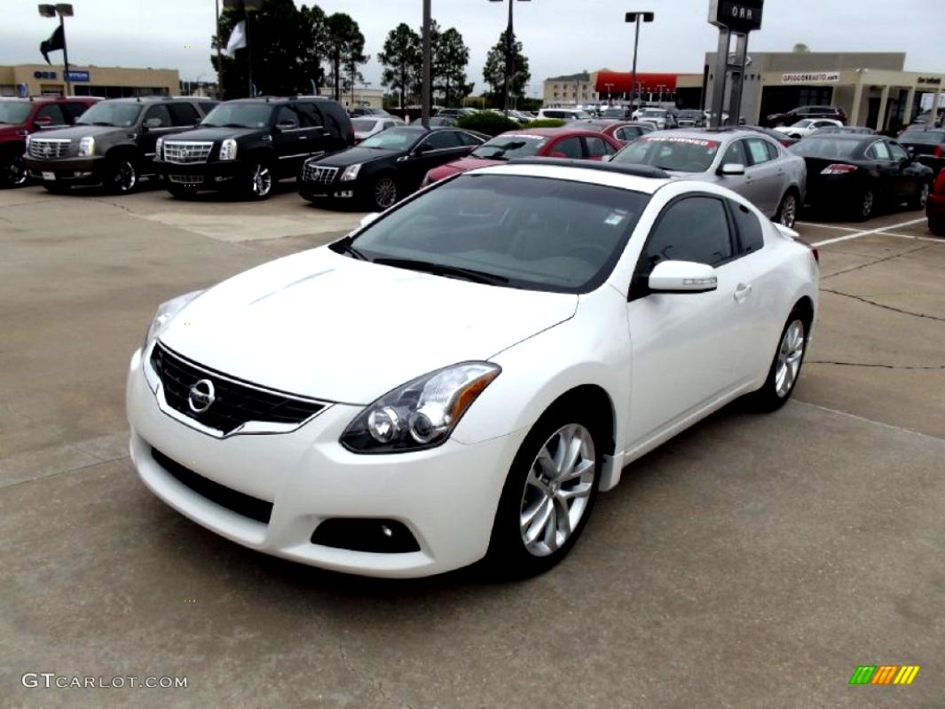 Nissan Altima Coupe 2012 #15