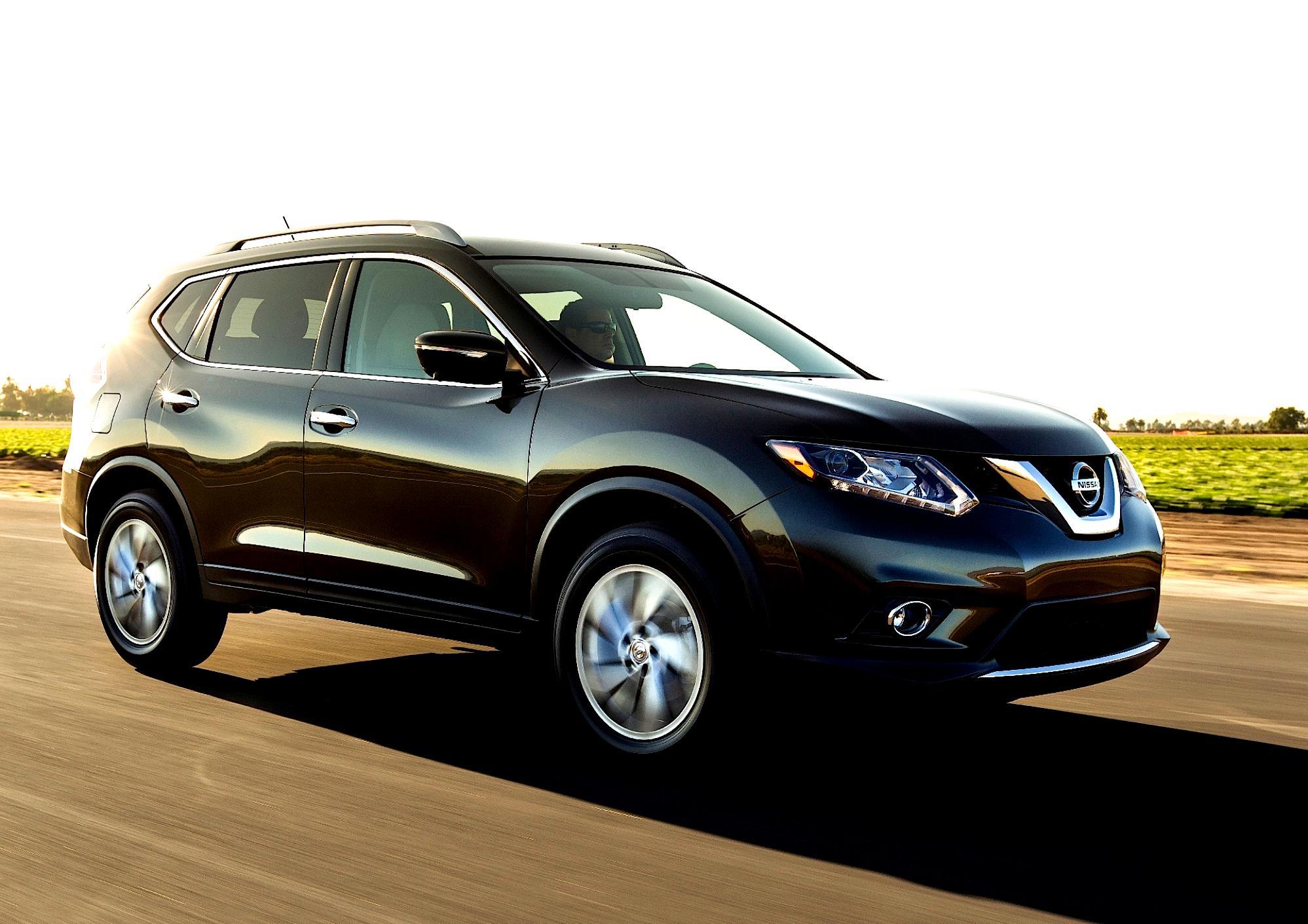Nissan Rogue 2014 on MotoImg