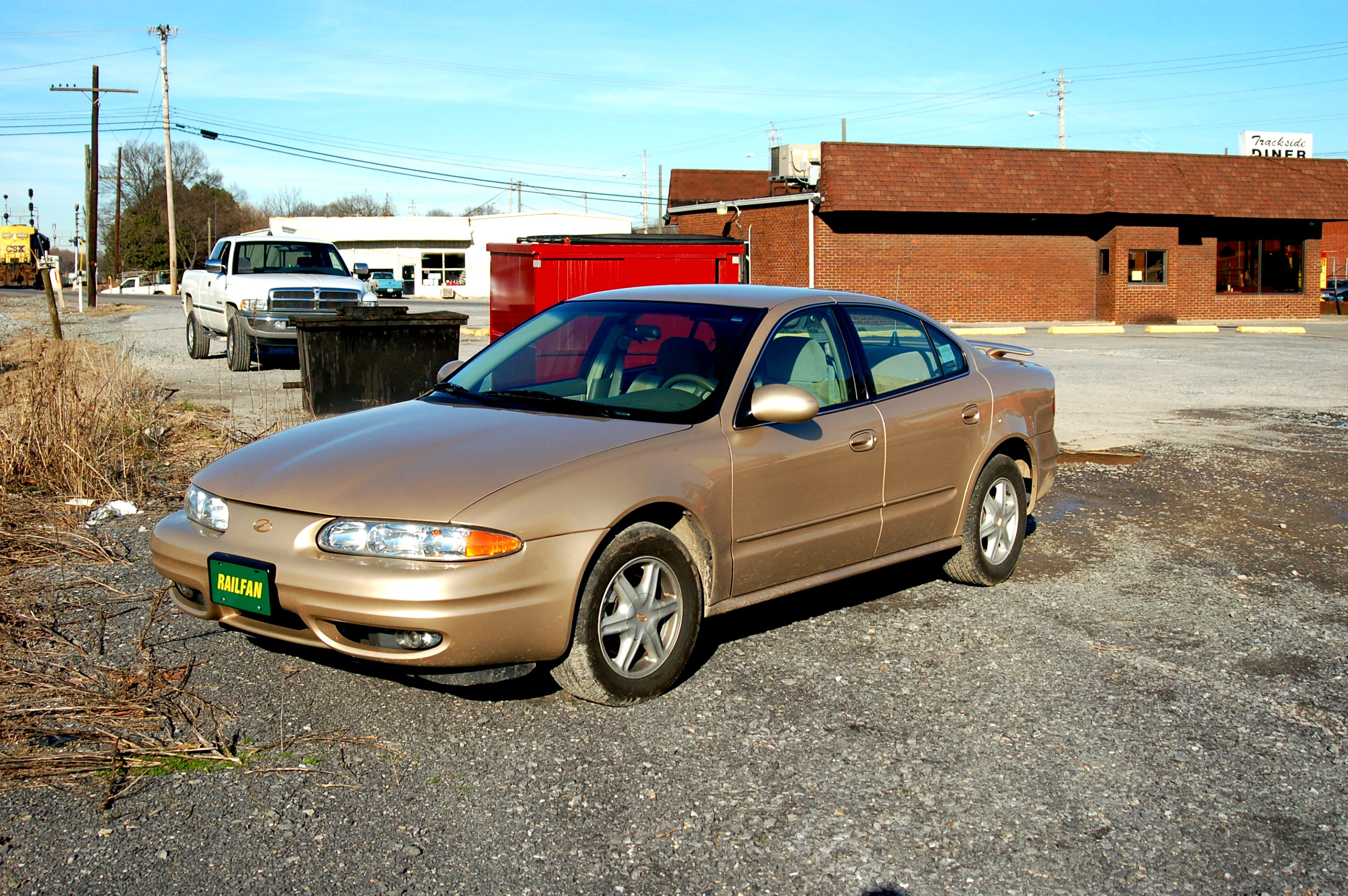 Oldsmobile Aurora 2000 #14