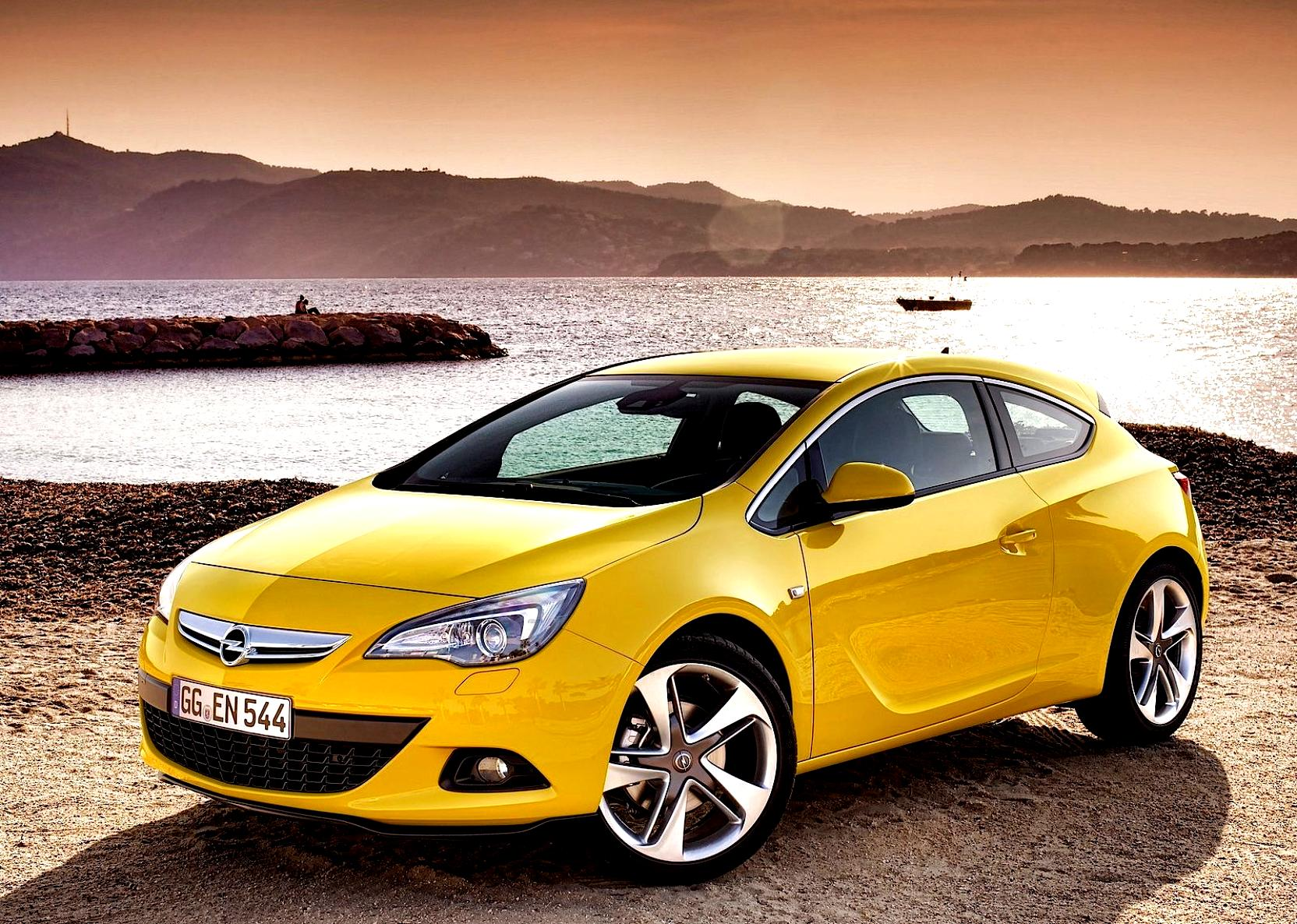 opel astra gtc 2011 photos 19 on. Black Bedroom Furniture Sets. Home Design Ideas