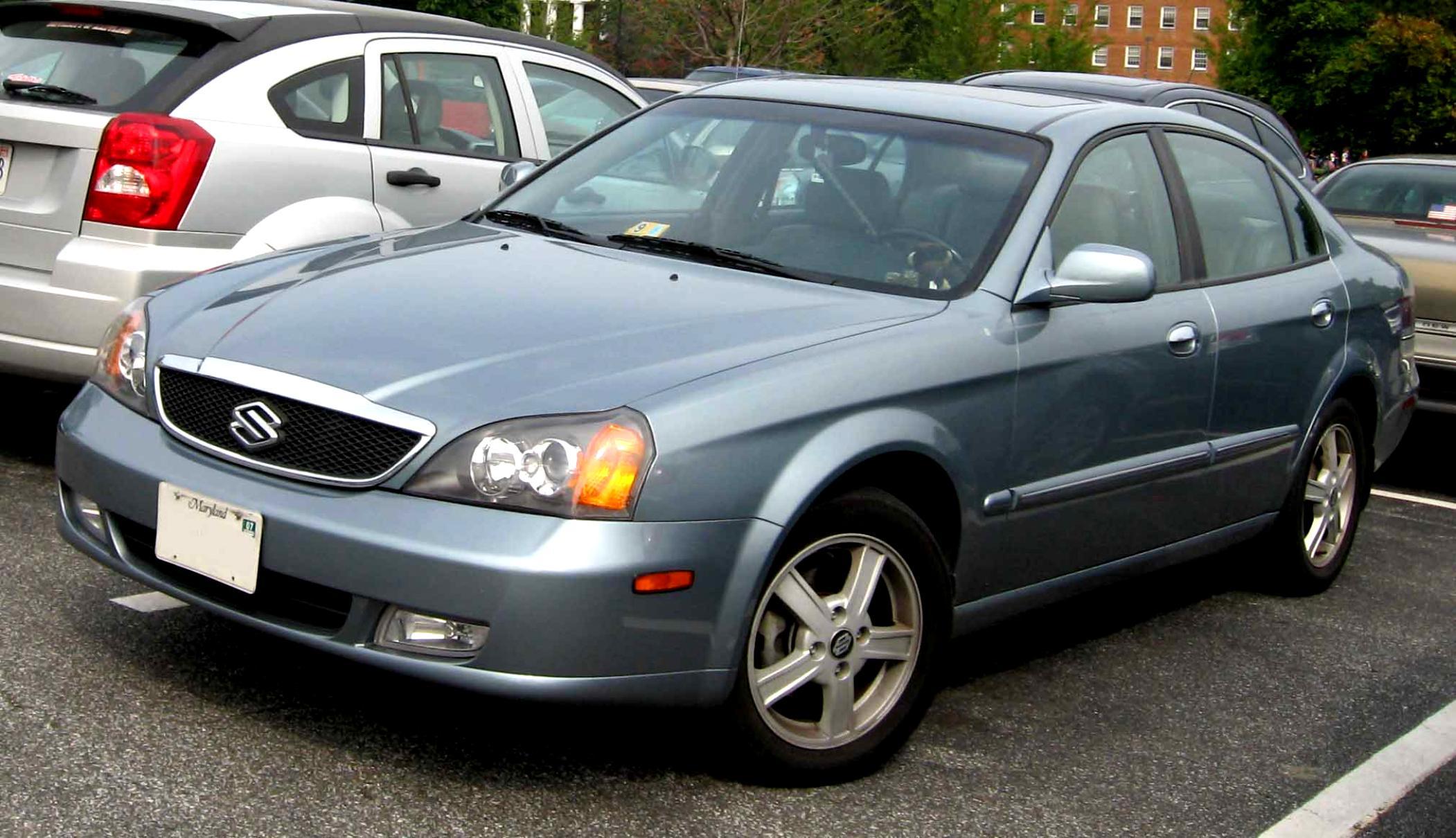 Suzuki verona 2004 2 suzuki verona 2004 3