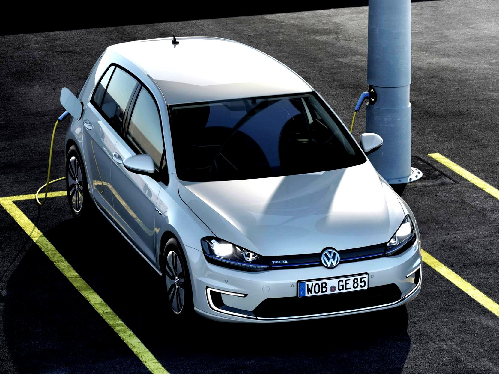 Volkswagen E-Golf 2014 #26