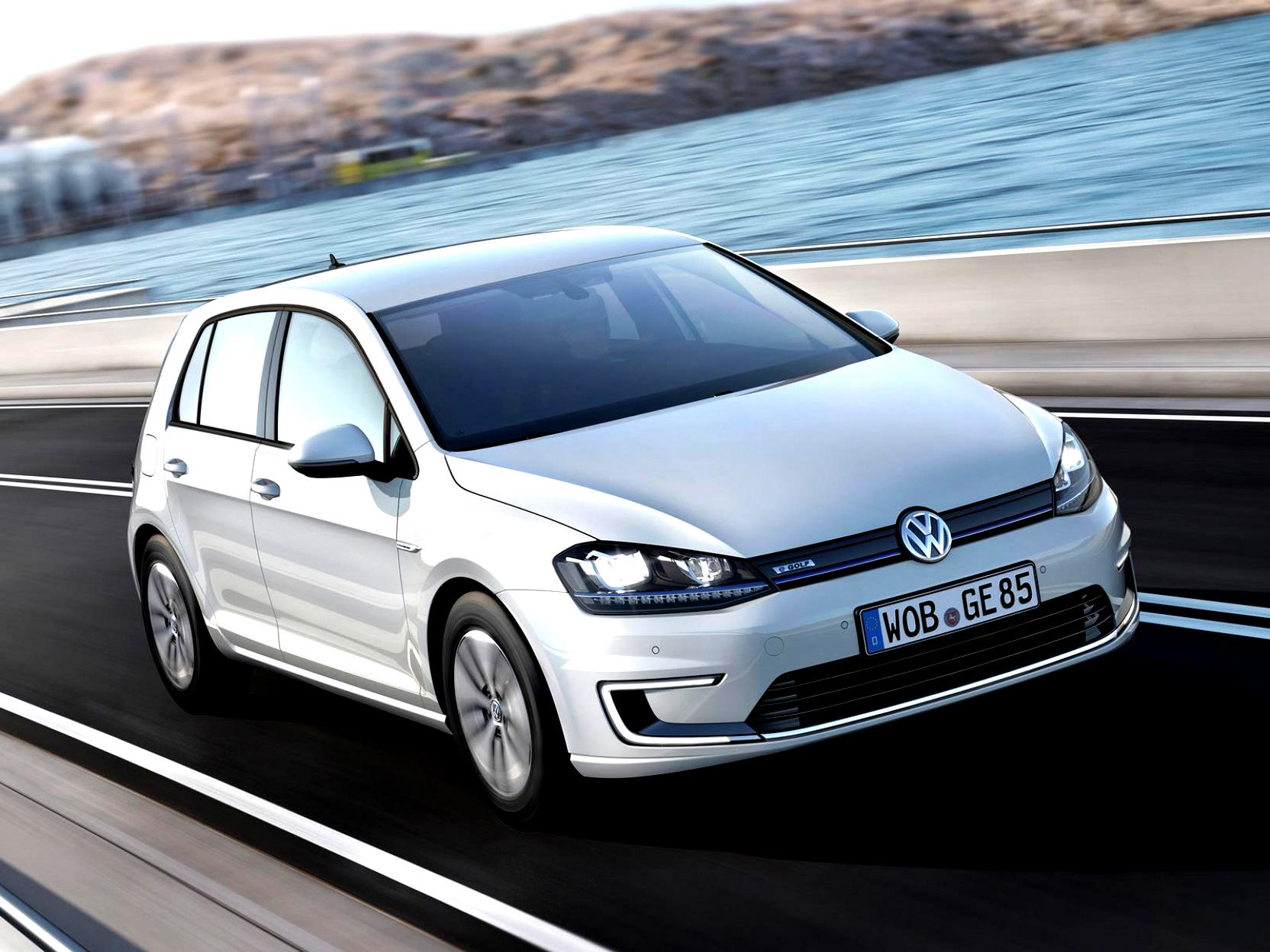 Volkswagen E-Golf 2014 #29
