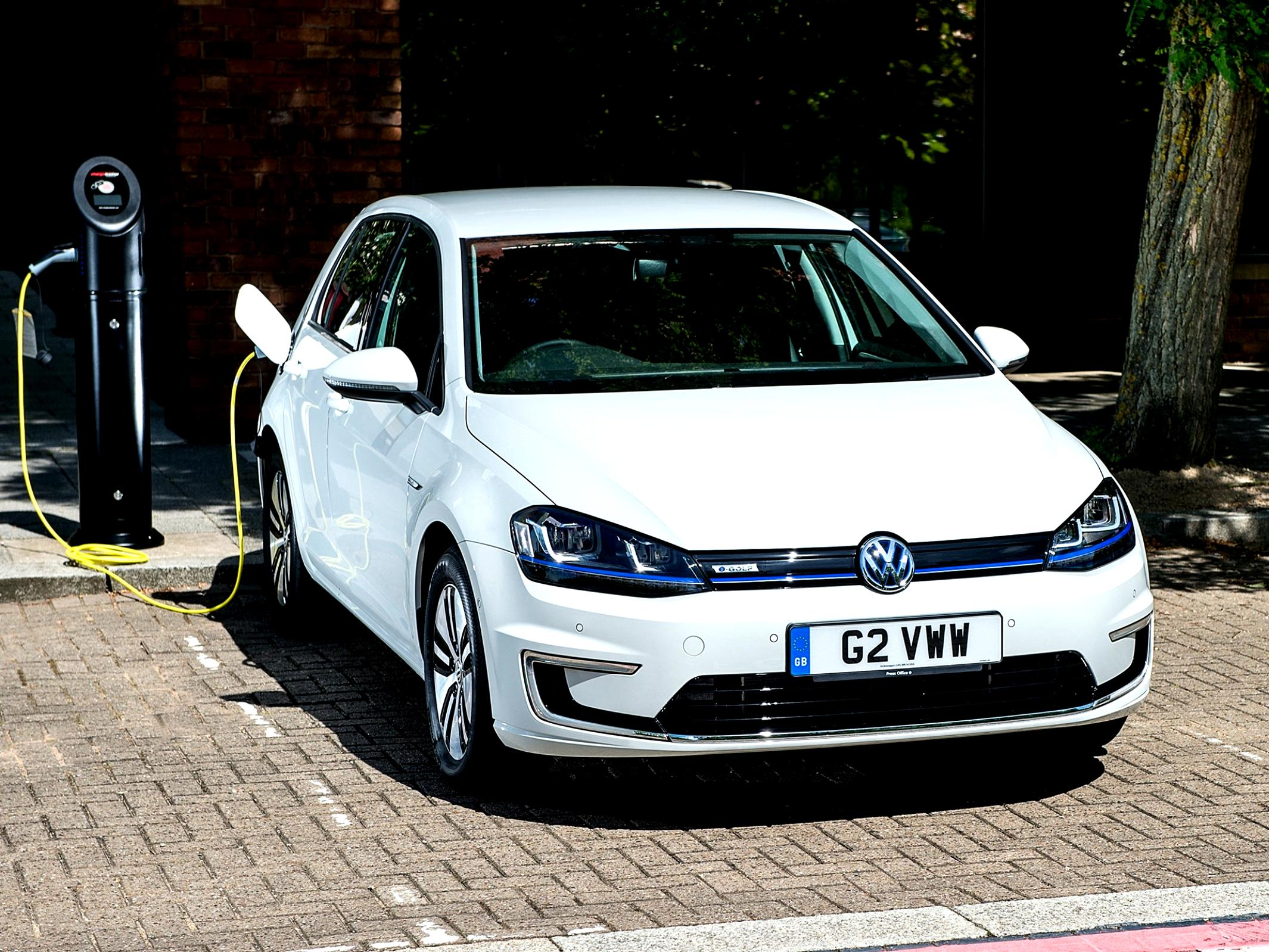 Volkswagen E-Golf 2014 #38