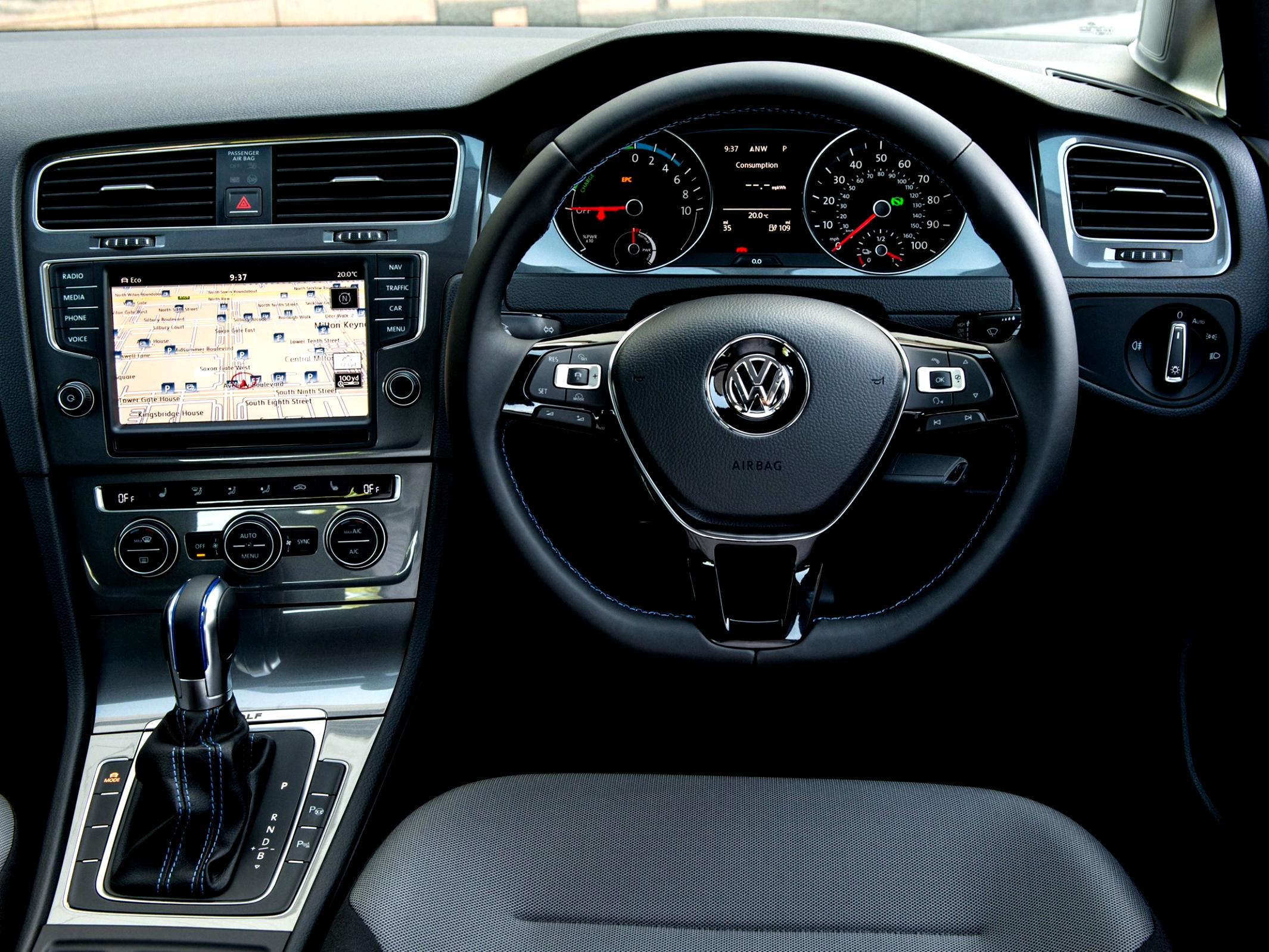 Volkswagen E-Golf 2014 #56