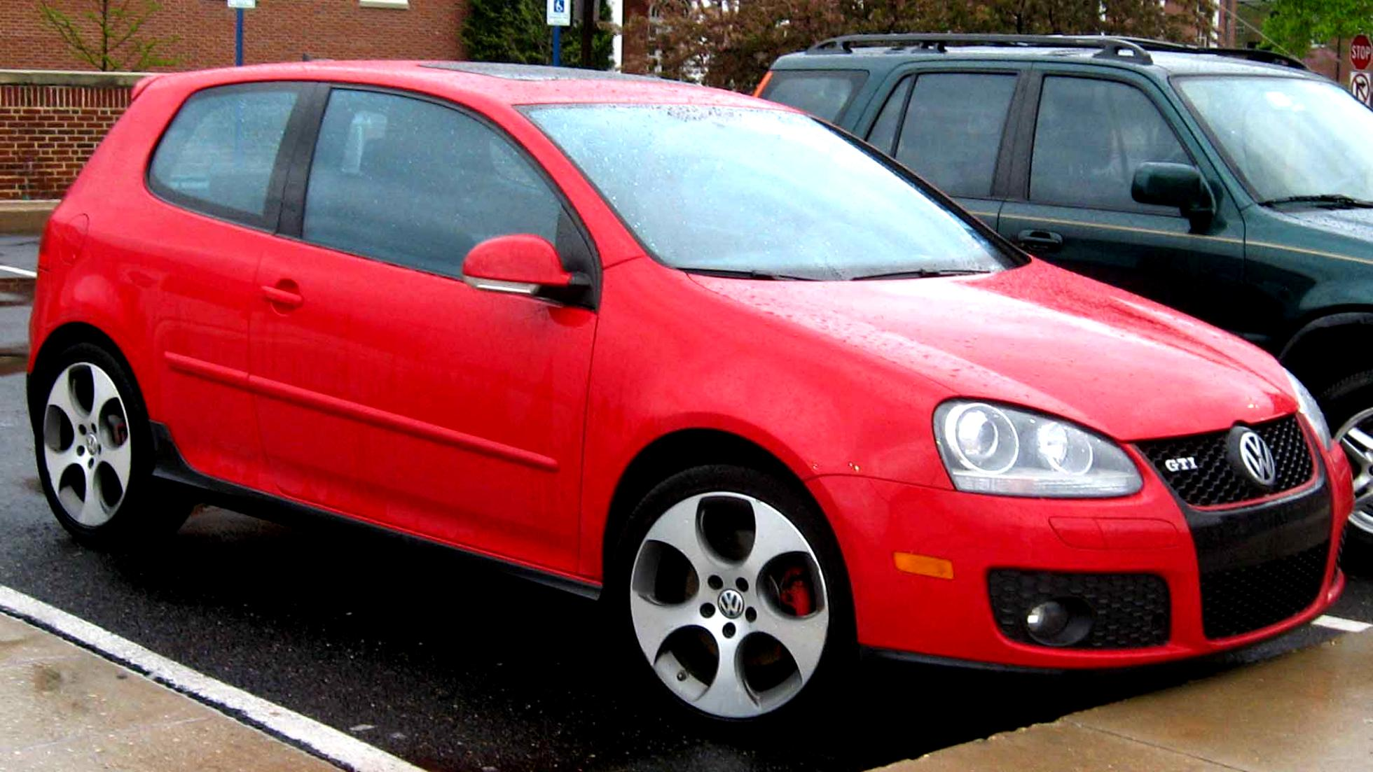 volkswagen golf v gti 3 doors 2004 photos 5 on. Black Bedroom Furniture Sets. Home Design Ideas