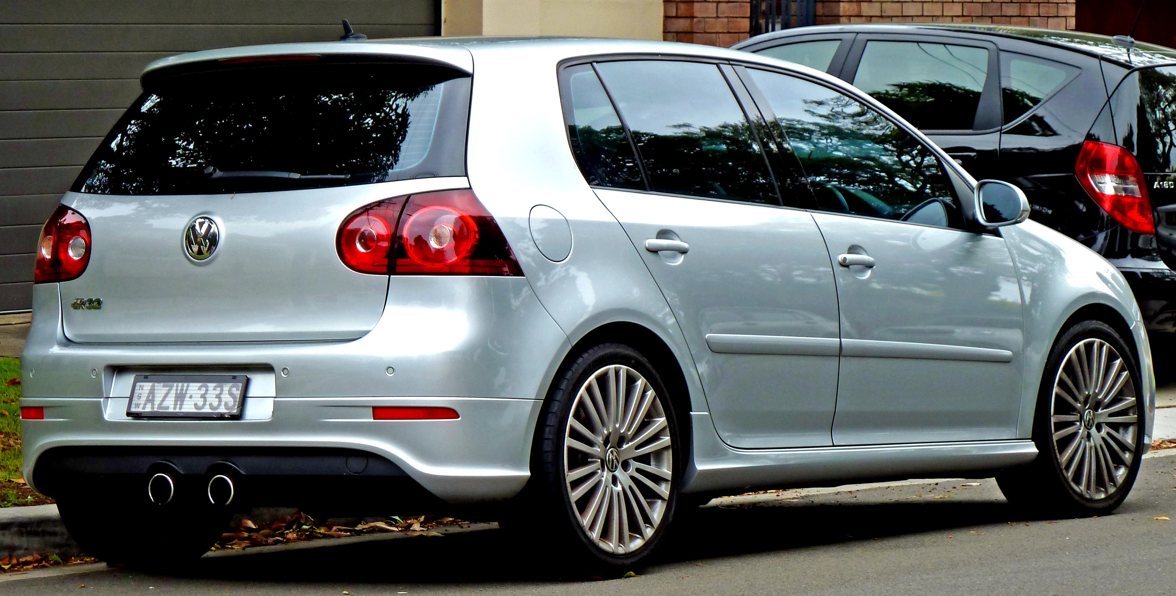 volkswagen golf v r32 3 doors 2005 on. Black Bedroom Furniture Sets. Home Design Ideas