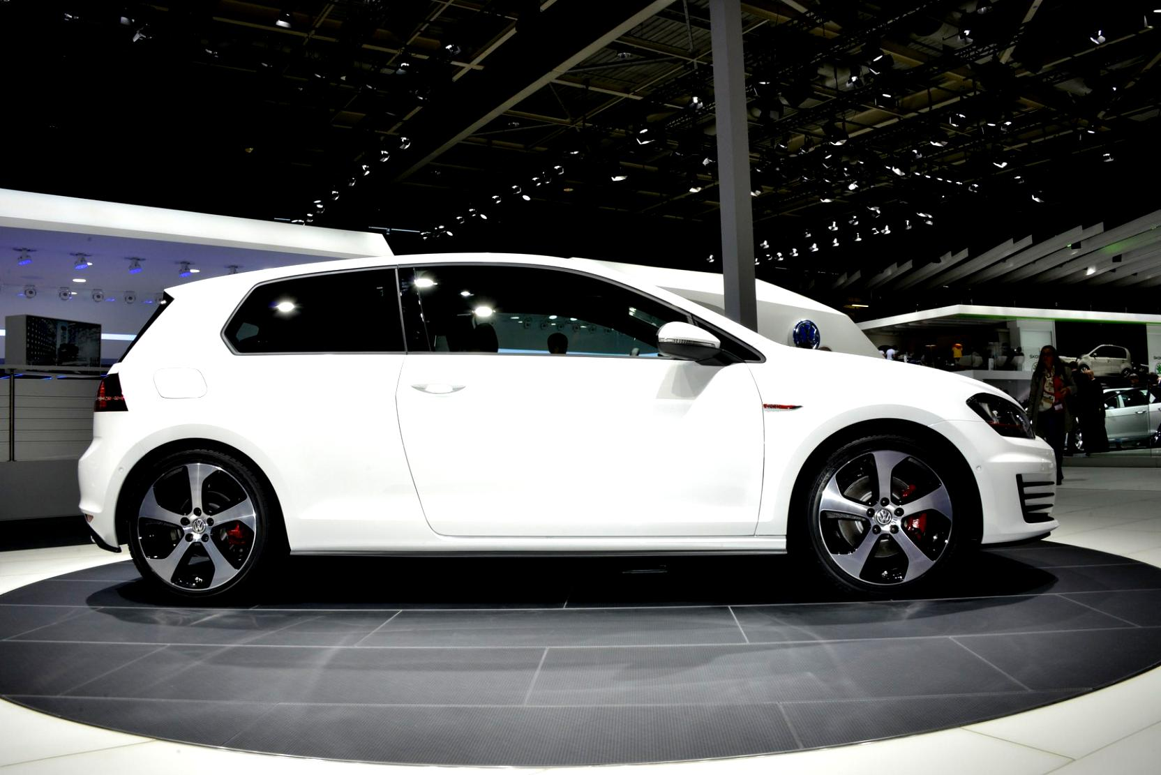 Volkswagen Golf VII 3 Doors 2012 #18