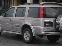 Ford Everest 2003 #2