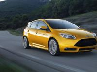 Ford Focus ST 5 Doors 2014 #04