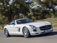 Mercedes Benz SLS AMG Roadster C197 2011 #28