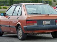 Nissan Bluebird Hatchback 1986 #3
